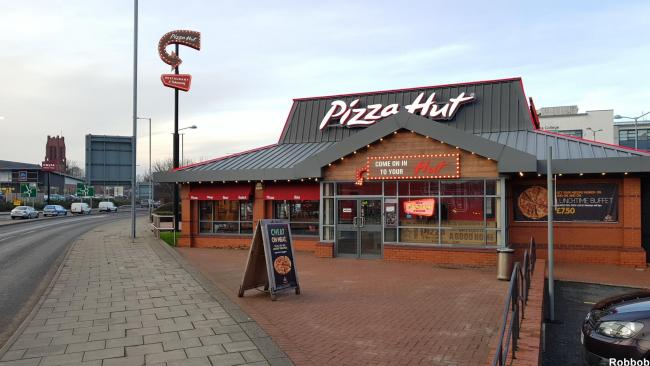 Pizza Hut Is Now Serving Its Lunch Buffet 7 Days A Week St