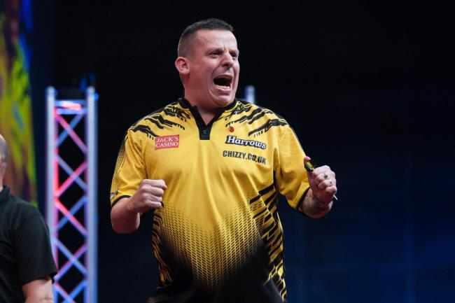 Dave Chisnall reached the semi-final