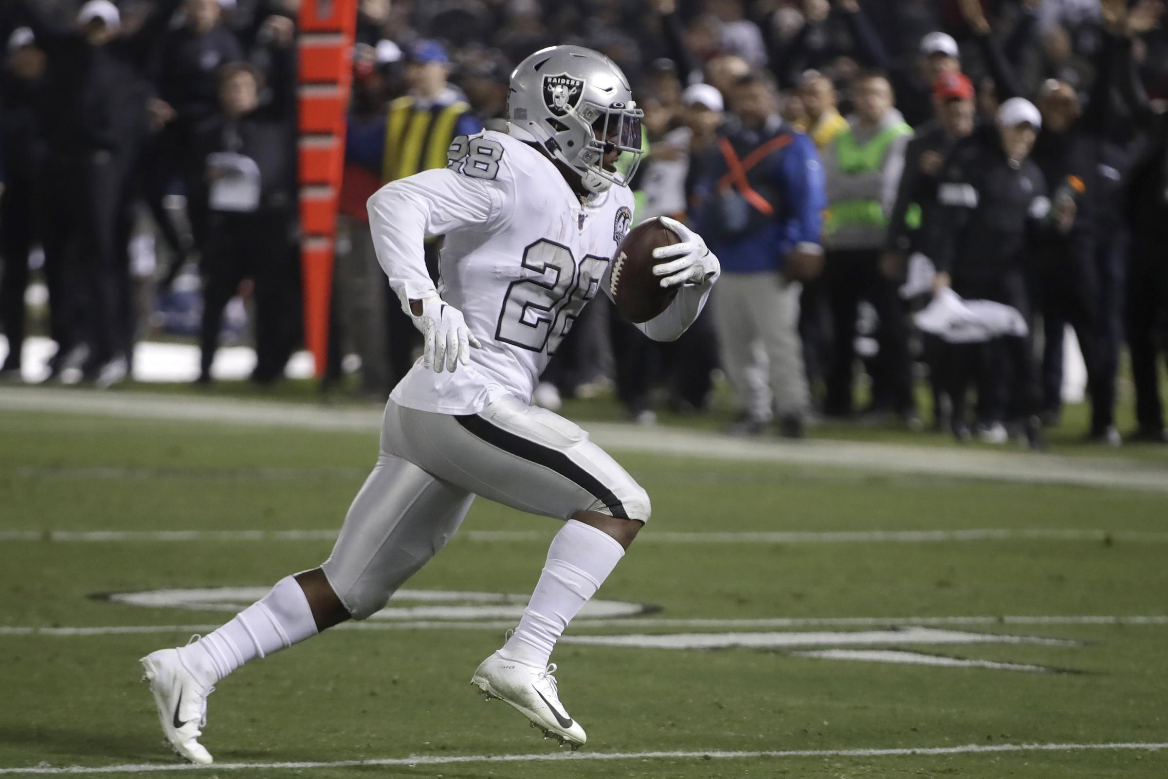 Josh Jacobs claims late touchdown as Oakland Raiders edge Chargers - St Helens Star
