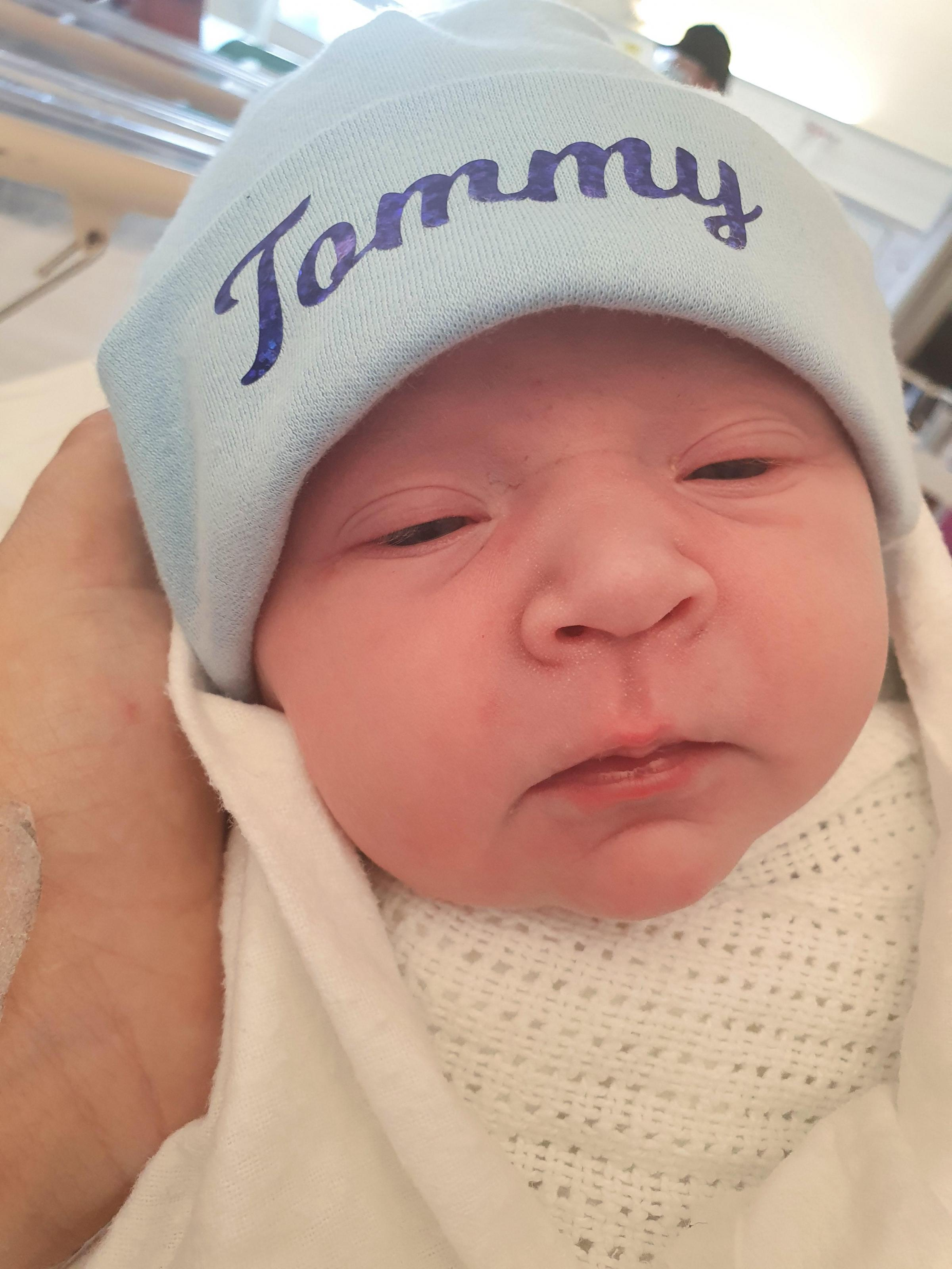 St Helens Star: Tommy-James Blyth born 09/10/20 from fingerpost weighing 7lbs.1oz