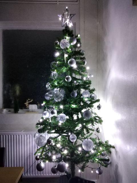 Christmas Decorations Going Up During Coronavirus Lockdown St Helens Star