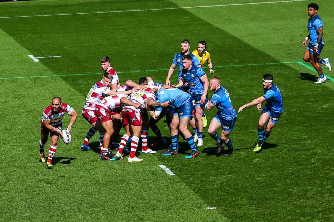 Saints and Wigan scrummage. Pic: SWpix.com