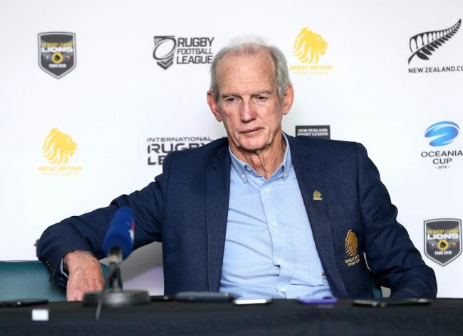 Wayne Bennett pays tribute to Australian rugby league legend Tommy Raudonikis. Pic: SWpix.com