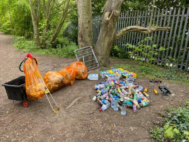 Litter pickers to clean up over the Bank Holiday weekend for Captain Tom Moore's 101st birthday