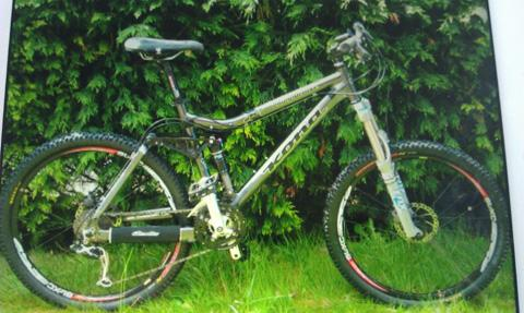 The dark grey Kona Delux bike, worth almost £3,000, was among several items taken from the property on Rochester Gardens, Toll Bar.