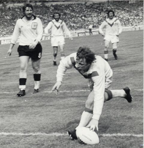 Jeff Heaton touches down at Wembley in 1976