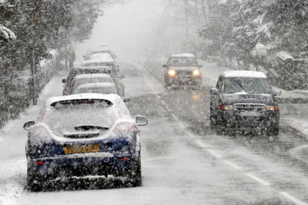 Heavy snow forecast for St Helens tonight