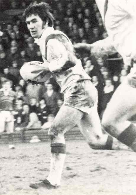 New booklet focuses on ace centre John  Walsh - 'the brainiest player in rugby league'