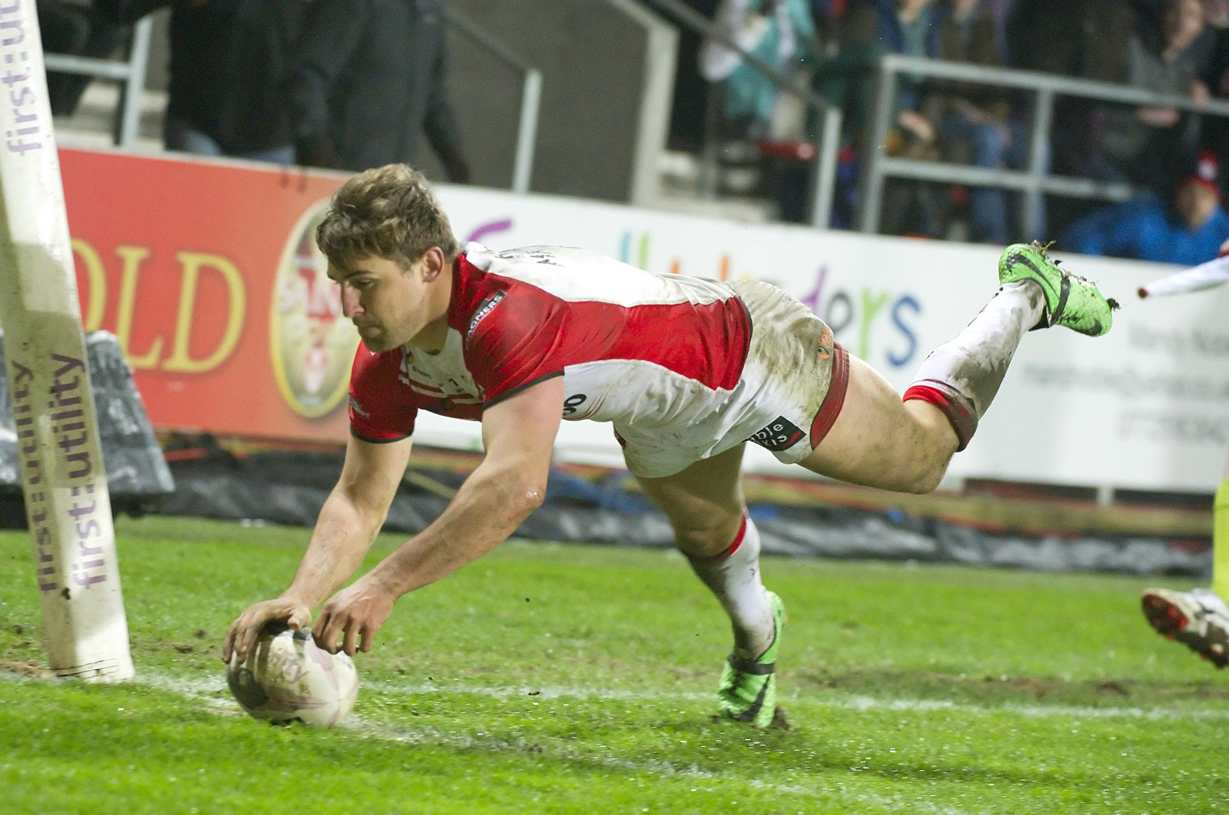 How Tommy Makinson is mastering the art of scoring spectacular tries