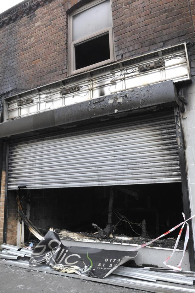 St Helens Star: PICTURES: Blaze ravages Indian takeaway