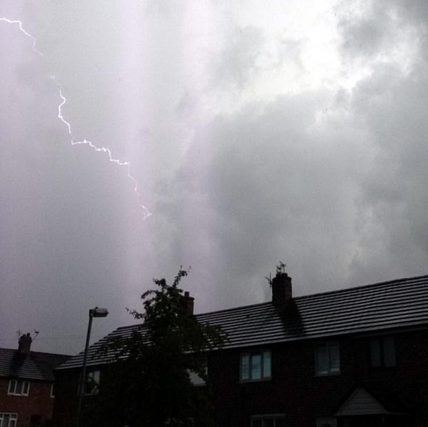 St Helens Star: PICTURES: Star readers' storm images