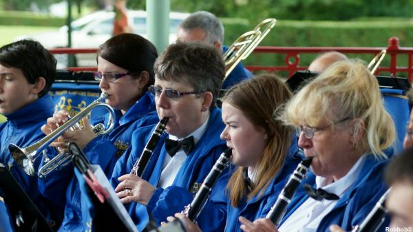 PICTURES: Concert band strike the right notes for Victoria Park