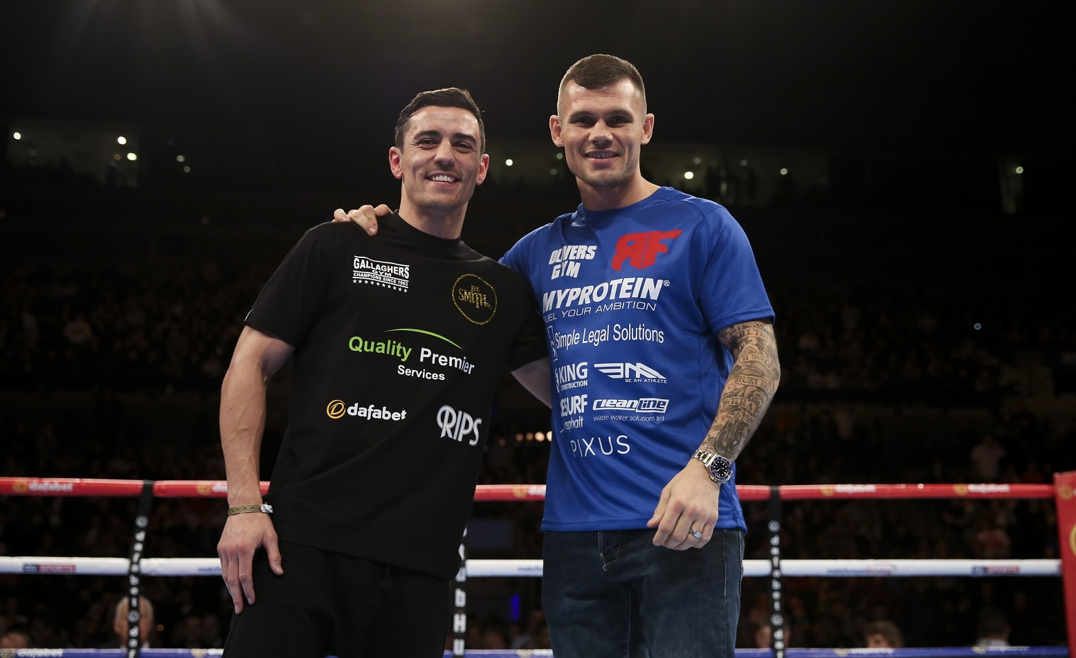 Anthony Crolla and Martin Murray supporting each other's title ambitions. Picture: Lawrence Lustig