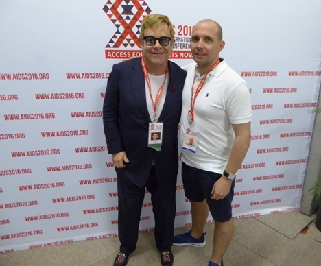 Nurse meets Sir Elton John at Aids conference (From St Helens Star)