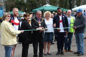 (left to right) Mary Guilfoyle, Luke Thompson, Cllr Jeanette Banks, Cllr Dave Banks, Stephanie Adams, Dom Peyroux, Trevor Adams and Cllr Geoff Pearl at the event