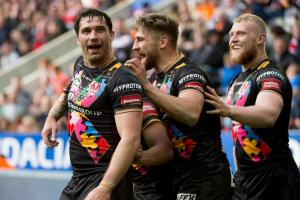 GALLERY: Tries and smiles from Saints' Magic victory over Hull FC