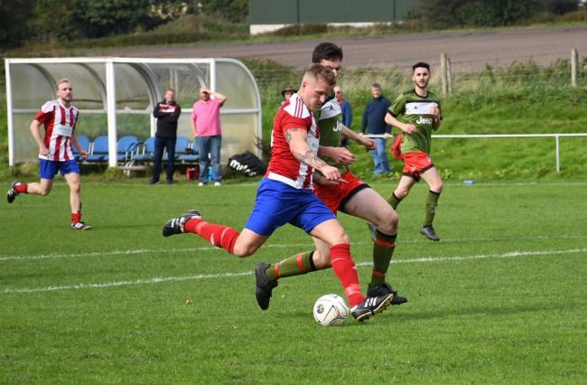 Billinge on the attack. Picture: Terry Pope