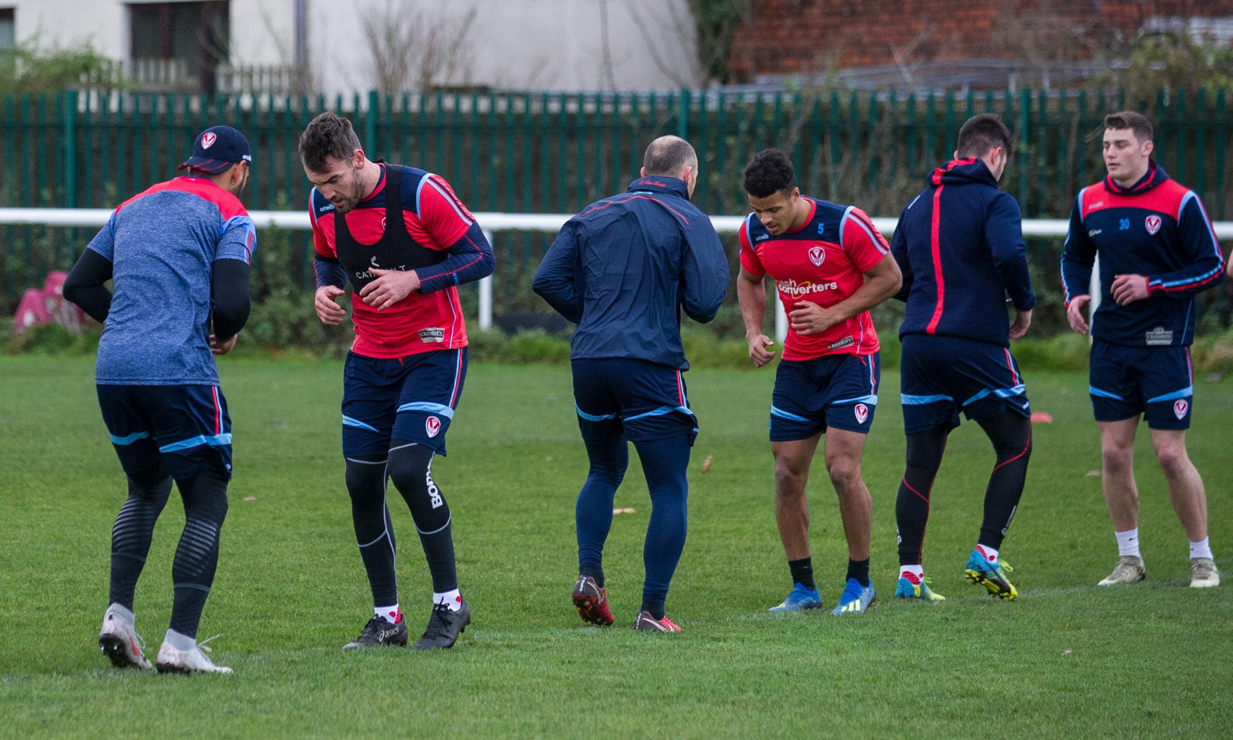 Saints in traning foe the 2019 Super League campaign