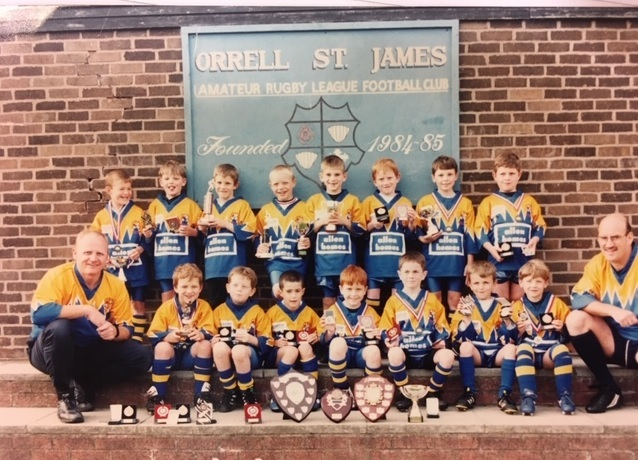Did  you spot the future Saints and England player?