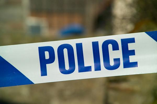 Man suffers arm wound during daylight attack
