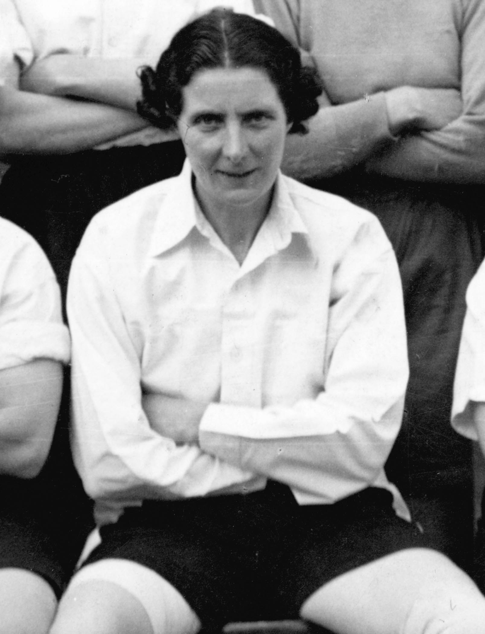 A life-sized statue of the incredible St Helens women's footballer Lily Parr  will be put outside the National Football Museum | St Helens Star